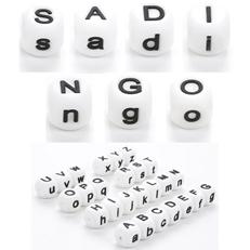 Perlen mit Buchstaben aus Silikon