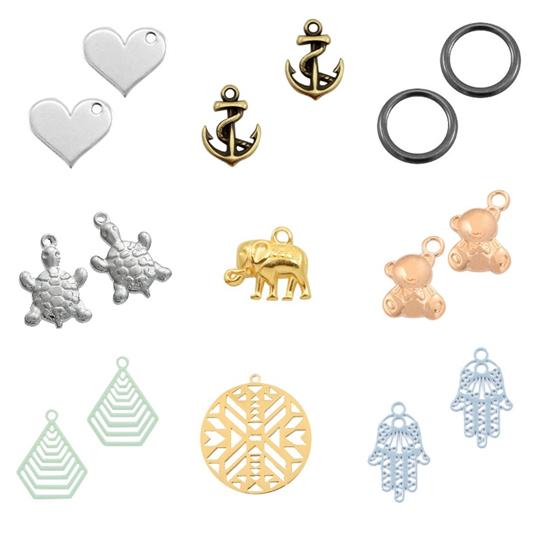 Metallanhänger mit symbolischen, Tier- und Boho-Motiven